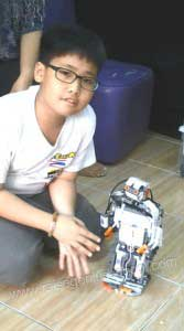 Raise-เลโก้หุ่นยนต์-show-time