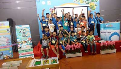 Raise Genius Lego kid museum robot camp 8