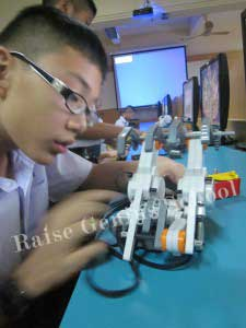 Raise_teach STEM Robotics