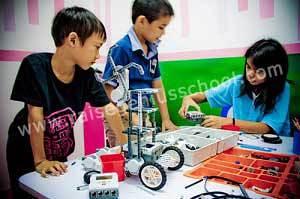 raise lego thailand 5