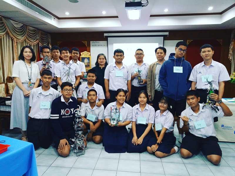 Workshop หุ่นยนต์ น้องระดับ ม. ปลาย ที่โรงเรียน สารวิทยา