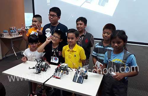 sumo robot champion Lego robot camp 2017