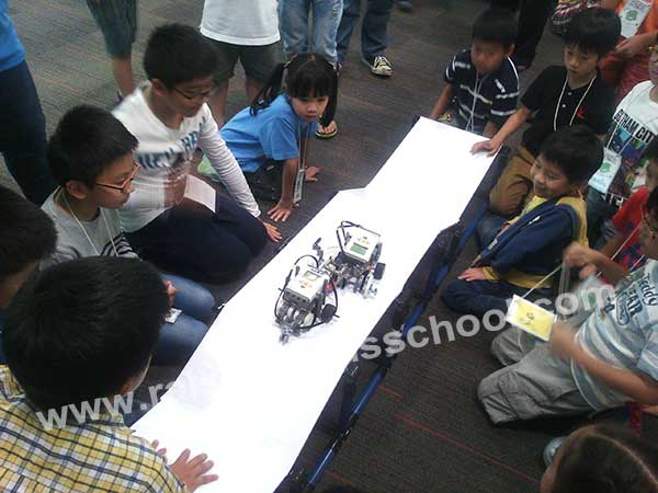 ACEP Robot and industry 4 Camp 2017_3