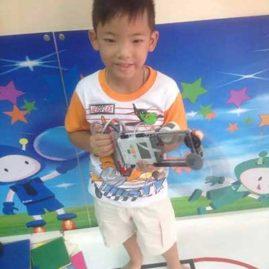 Max Lego Robot show