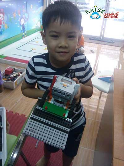 pik lego robot 2
