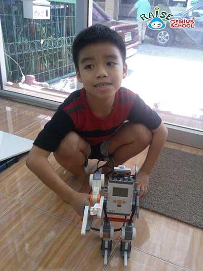 pun lego robot 3