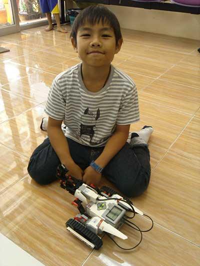 ten lego Ev3 robot_1