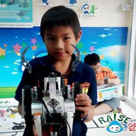 Ten Lego Robot Show