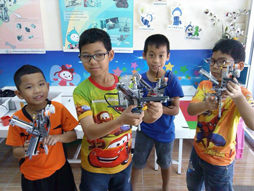 raise lego robot summer course .jpg
