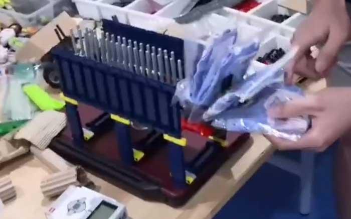 Raise_Robot_maker_Mask_vending_machine